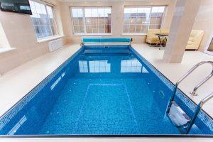 pool-1318072_960_720
